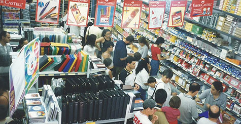 Fotografia do sorteio Volta as Aulas da Papelaria Japuíba - 2000